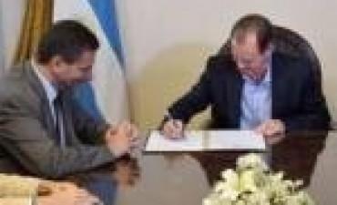 La provincia y el PAMI renovaron el acuerdo para la atención de jubilados en hospitales públicos
