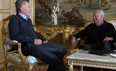 Felipe González desmiente a Clarín: niega haber preguntado por la detención de CFK
