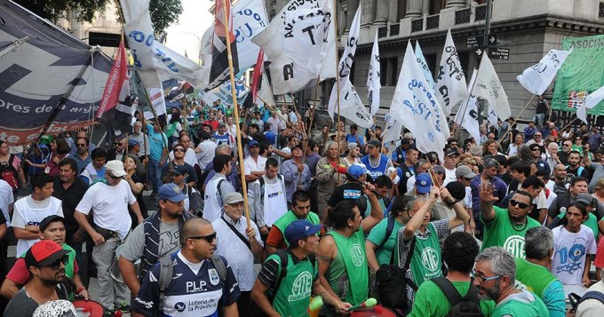 Paro y movilizaciones a Plaza de Mayo