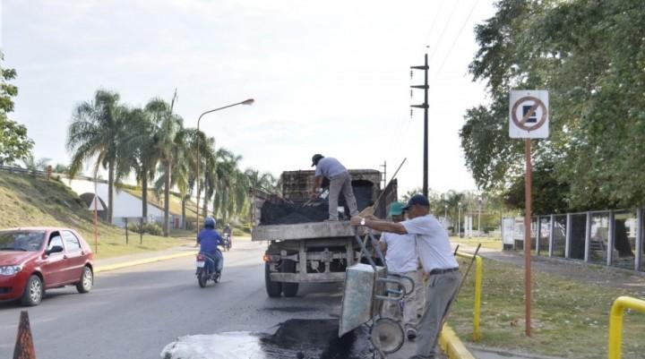 TAREAS DE BACHEO EN COLECTORA BERARDO