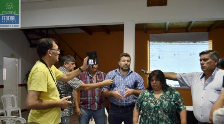 EL PRESIDENTE MUNICIPAL PARTICIPÓ DE LA 1ª ASAMBLEA DE VECINOS AUTOCONVOCADOS