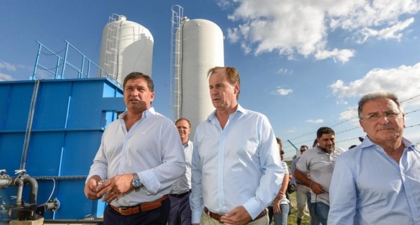 Bordet inauguró una nueva planta de agua potable