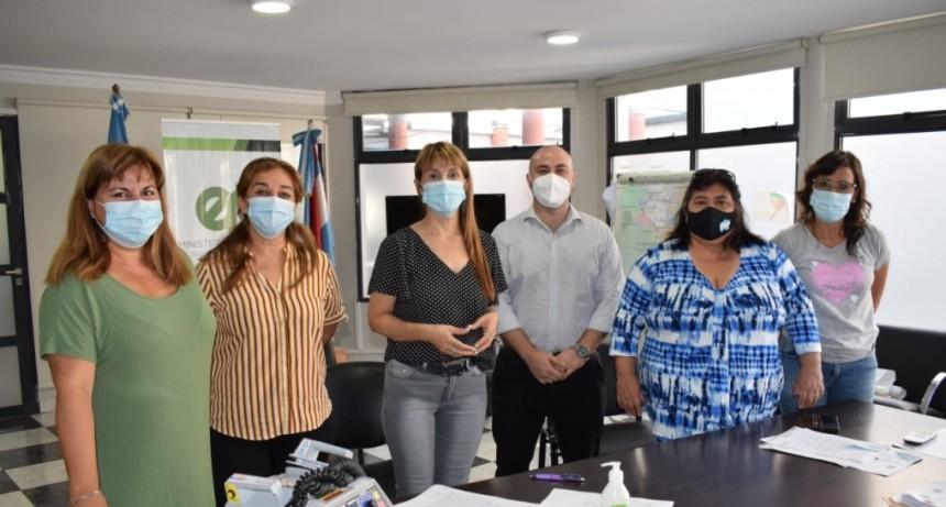 Entregaron un cardiodesfibrilador al hospital Justo José de Urquiza de Federal