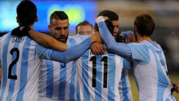 Argentina cerró su gira por EEUU con un triunfo frente a Ecuador