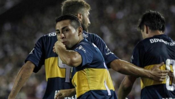Boca derrotó a Lanús, estiró su invicto y es líder del campeonato