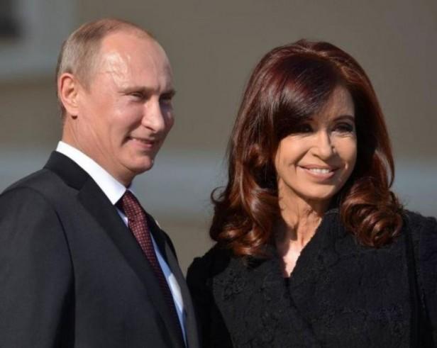 Comienza la gira de la Presidenta por Rusia
