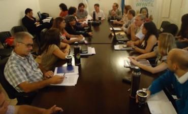 ATE y UPCN reanudan la discusión salarial con el gobierno