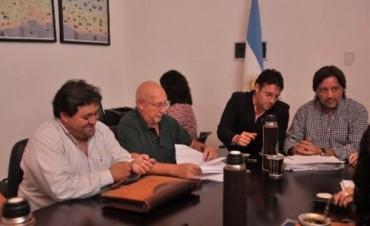 Negociación salarial: la reunión entre ATE, UPCN y el Gobierno pasó a un cuarto intermedio