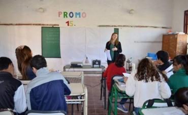 Se implementa el programa de orientación vocacional en escuelas