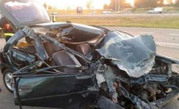 """El conductor del auto y su hijo muestran una """"leve evolución"""" y salieron de estado de coma"""
