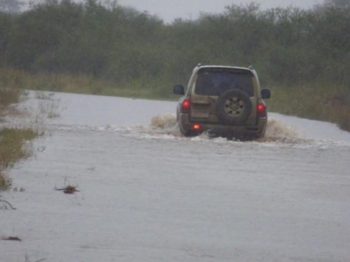 Rutas y Puentes que siguen cortados por el avance de las aguas en el Dpto Federal