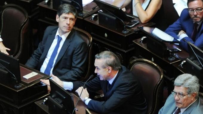 El oficialismo no pudo frenar el debate y el Senado tratará el proyecto contra los despidos