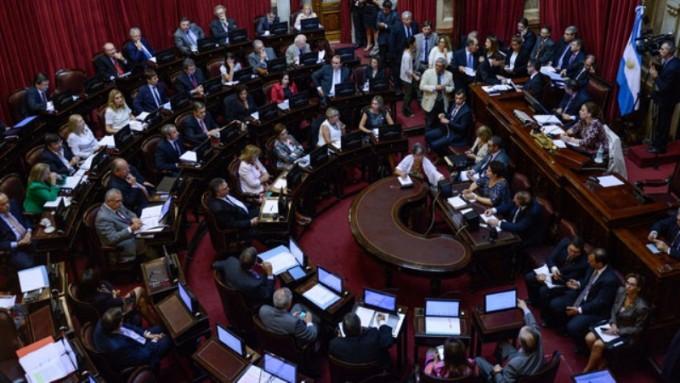 El Senado tratará los proyectos de la oposición para frenar despidos