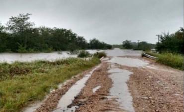 Algunos caminos del norte entrerriano se encuentran cortados por el temporal