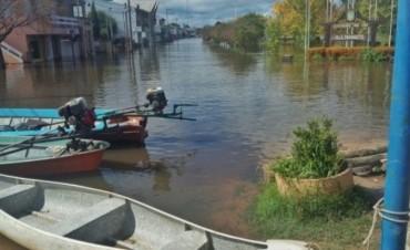 Vialidad continúa con los trabajos y colaborando con la asistencia a personas afectadas por las lluvias