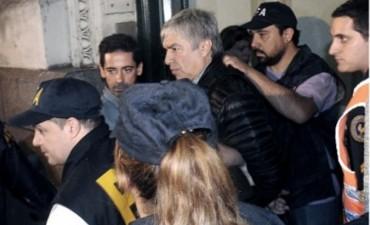 Casanello procesó a Lázaro Báez, ordenó la captura de Jorge Chueco y citó a indagatoria a Echegaray
