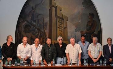 Gremios cuestionaron el rechazo de Macri al proyecto para frenar despidos