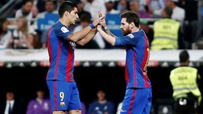 Con goles argentos Barcelona aplastó al Osasuna y se afianza en la cima