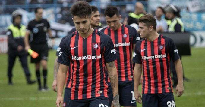 San Lorenzo perdió en Tucumán y se alejó de la punta