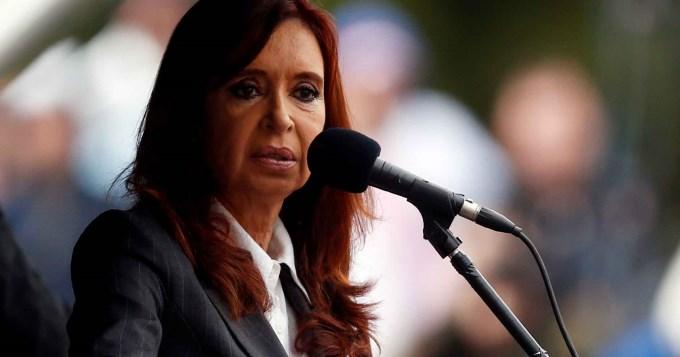 Cristina pidió la nulidad de su procesamiento y embargo millonario