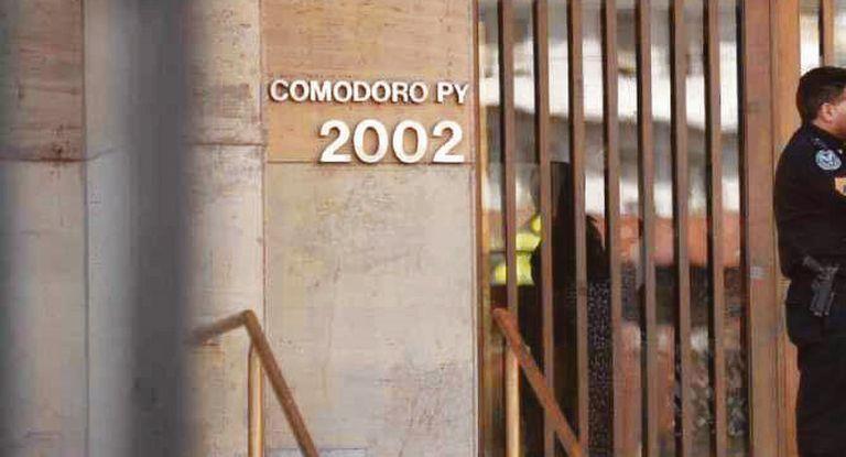 FAVORECIENDO A LOS MACRI: Desplazan de Comodoro Py al fiscal que interviene en la causa del Correo