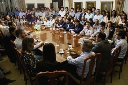 Kueider reunió a los funcionarios de gobierno para potenciar las políticas públicas