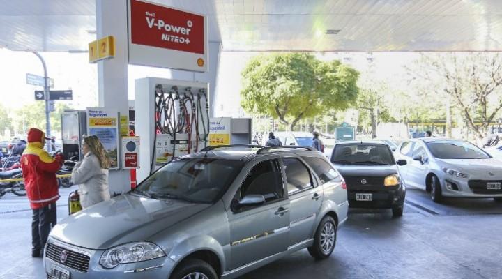 Aumentaron otra vez los precios de las naftas