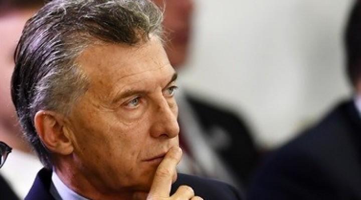 El 54,5 por ciento de los consultados en una encuesta consideró que el entorno de Macri es corrupto
