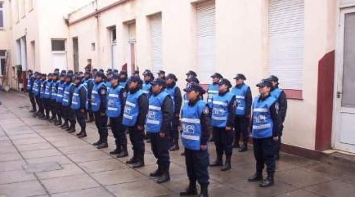 JEFATURA DEPARTAMENTAL FEDERAL Teléfono: 03454 – 421063 / 421515  GACETILLA POLICIAL Se Abre la Inscripción para Agentes de Policía Masculino