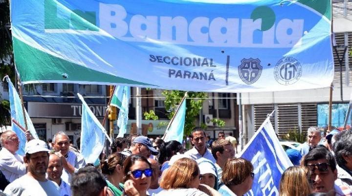 RESULTA CONTUNDENTE EL PARO BANCARIO