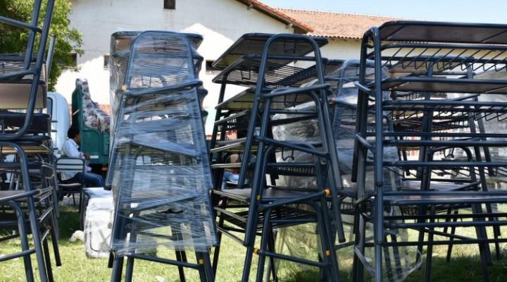 La provincia entregará mobiliario escolar a 171 escuelas
