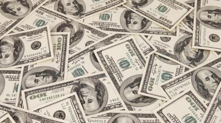Jornada frenética del dólar: superó los $ 21 pero con alza de tasa y ventas del BCRA cerró a $ 20,90