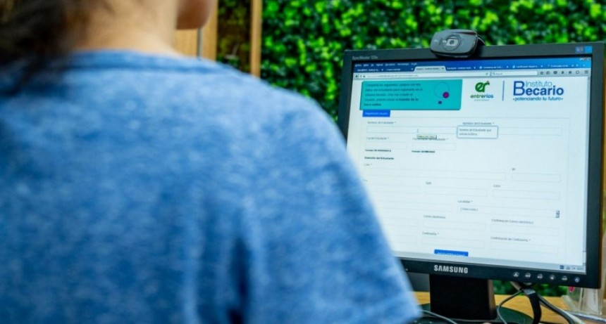 Comenzaron las inscripciones online de becas para el nivel superior