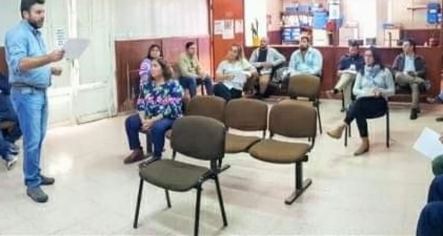 GERARDO CHAPINO Y NANCY MIRANDA CON EL COMITÉ DE CRISIS