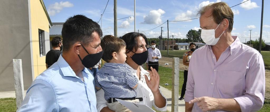 Bordet ratificó la presencialidad en las escuelas y destacó el monitoreo permanente de la situación epidemiológica
