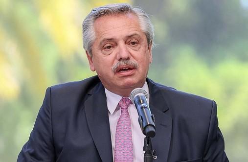 Alberto Fernández, al personal de salud: