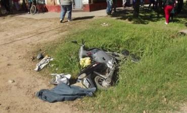 Trágico accidente se lleva la vida de una mujer que transitaba en moto