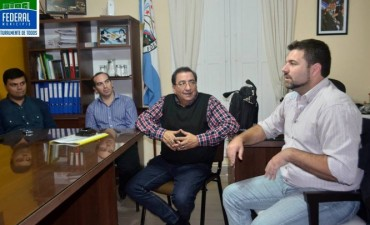 Autoridades municipales y de otras reparticiones se reunieron con el Director Provincial de Defensa Civil