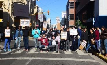 El Diario no sale, sus trabajadores no cobran y denuncian vaciamiento