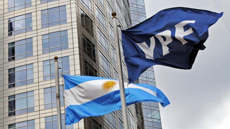 Las ganancias de YPF se desplomaron 60% en el primer trimestre de 2016
