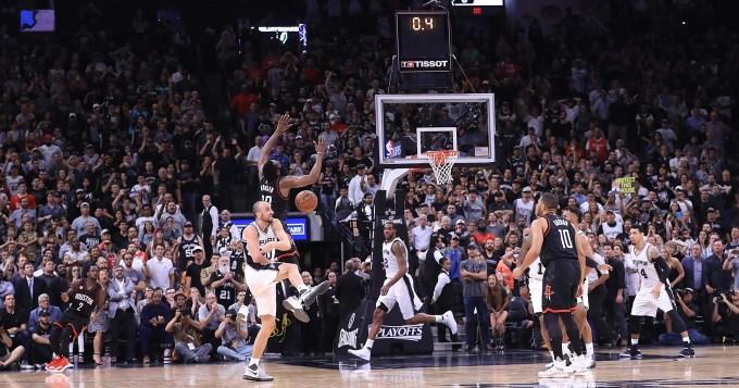 Decisiva participación de Ginóbili para el tercer triunfo de   Spurs sobre Rockets