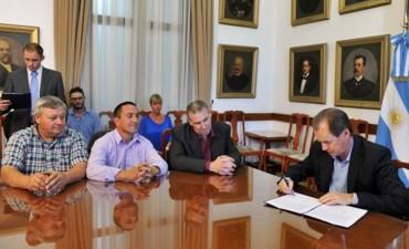 Bordet envía proyecto de ley de comunas para ser tratado por la Legislatura