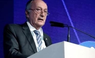 Proclaman a Miguel Acevedo al frente de la conducción de la UIA