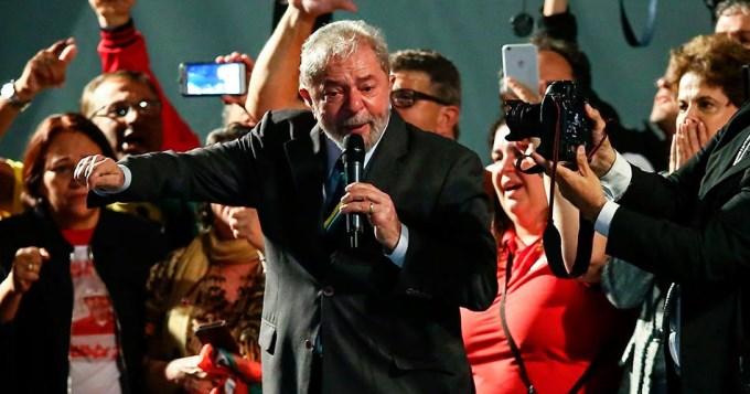 Lula pidió la renuncia de Temer y quiere