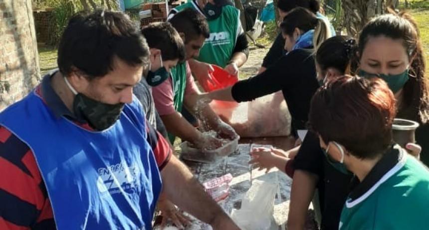 La Seccional de Ate estuvo presente en Las Delicias entregando viandas alimentarias