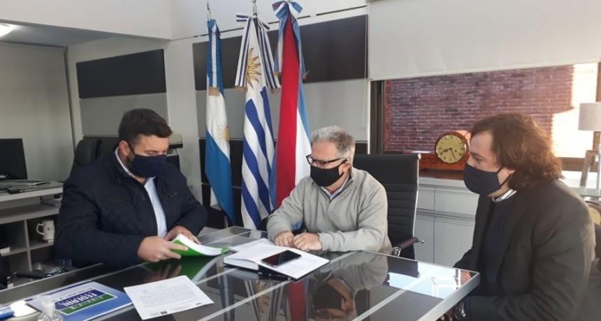 Reunión del Presidente Municipal con el presidente de la Comisión Técnica Mixta de Salto Grande