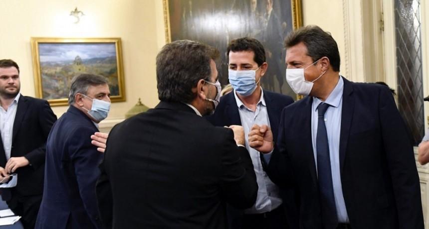 Acuerdo entre el Gobierno y la oposición: las PASO se harán el 12 de septiembre