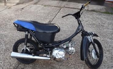 La policía recuperó una moto que había sido robada el 19 de abril