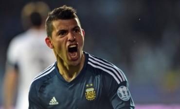 Argentina sufrió sobre el final pero se llevó el triunfo ante Uruguay que lo pone cerca de cuartos