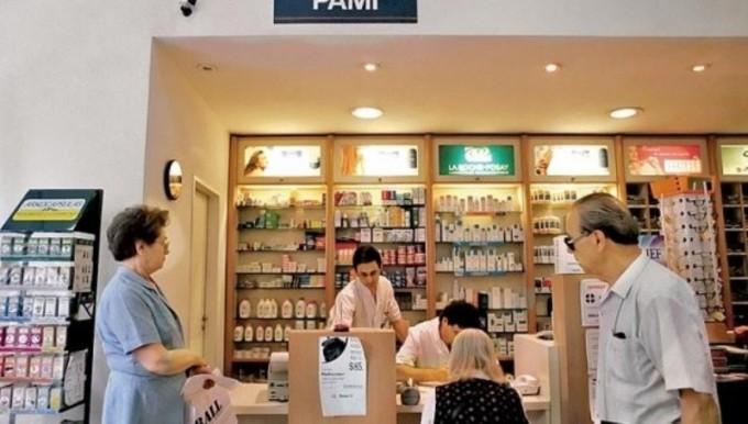 Tras el conflicto, las farmacias acordaron con el PAMI
